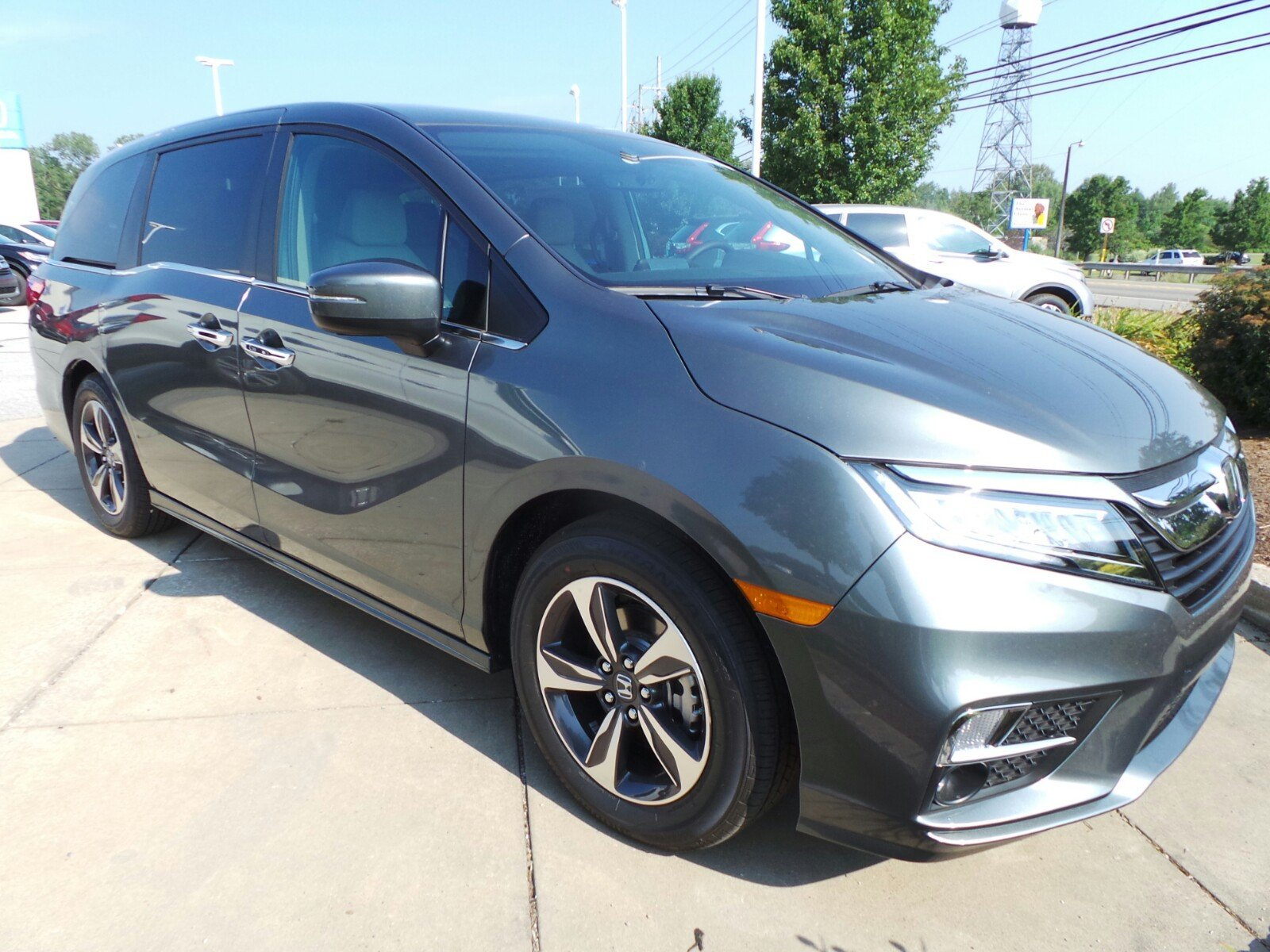 New 2018 Honda Odyssey Touring Auto Mini van Passenger in Erie